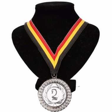Carnavalskleding belgie medaille nr halslint geel rood zwart helmond 10091780