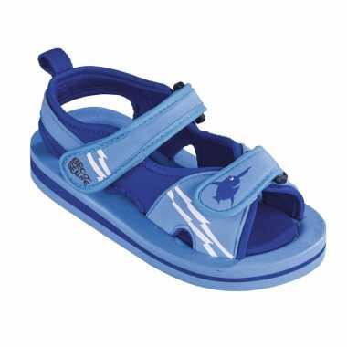 Carnavalskleding blauwe watersandalen waterschoenen baby peuter helmond