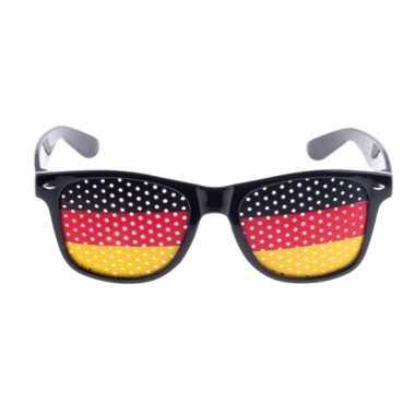 01cf0235fae78a Carnavalskleding Duitsland vlag zonnebril helmond
