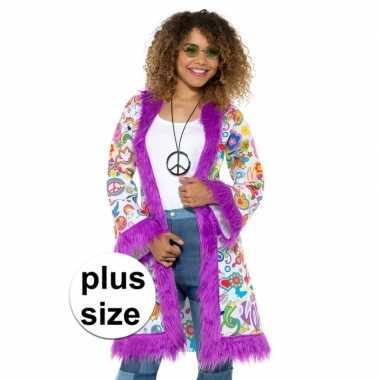 Carnavalskleding grote maten hippie groovy pluche jas dames helmond