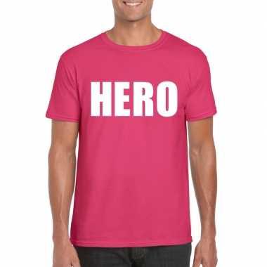 Carnavalskleding hero tekst t-shirt roze heren helmond