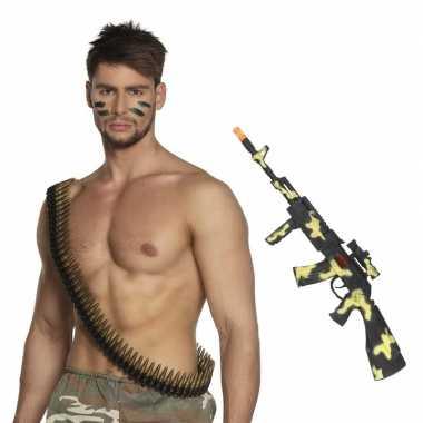 Carnavalskleding leger verkleedsetje camouflage geweer kogelriem helm