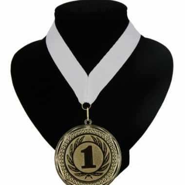Carnavalskleding  Medaille nr. halslint wit helmond