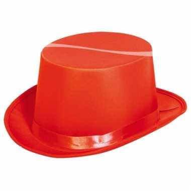 Carnavalskleding rode hoge hoeden helmond