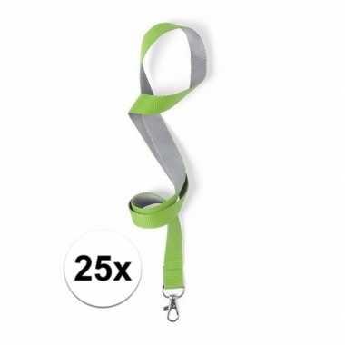 Carnavalskleding stuks polyester sleutelkoords groen/grijs helmond