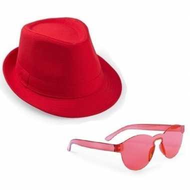 Carnavalskleding toppers rood trilby party hoedje rode zonnebril helm