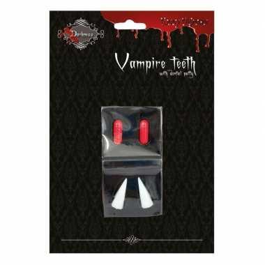 Carnavalskleding vampier hoektanden bloedcapsules helmond