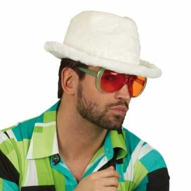 Carnavalskleding witte hoedjes pluche materiaal helmond