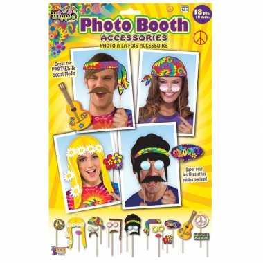 Carnavalskleding x photobooth props hippie feestje helmond