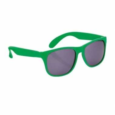 Carnavalskleding zonnebril kunststof groen montuur helmond