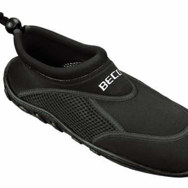Rouge Avec Des Chaussures Noires D'eau Pour Les Adultes KEJan