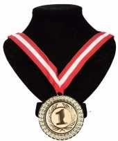 Carnavalskleding canada medaille nr halslint rood wit rood helmond
