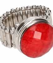 Carnavalskleding chunkring zilveren rode steen volwassenen helmond