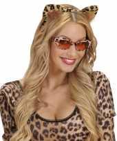 Carnavalskleding luipaarden oortjes aan een diadeem helmond
