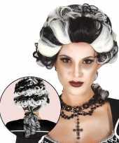 Carnavalskleding markiezin draculapruik dames helmond