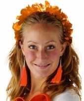 Carnavalskleding oranje hawaiikransen bloemenkransen tiara dames helmond
