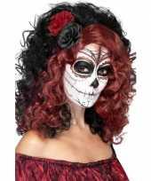 Carnavalskleding pruik zwart rood gekruld helmond