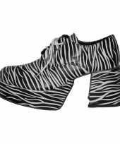 Carnavalskleding s zebra schoenen helmond