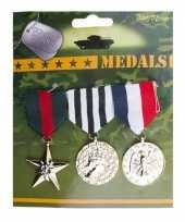 Carnavalskleding soldaten speelgoed medailles helmond